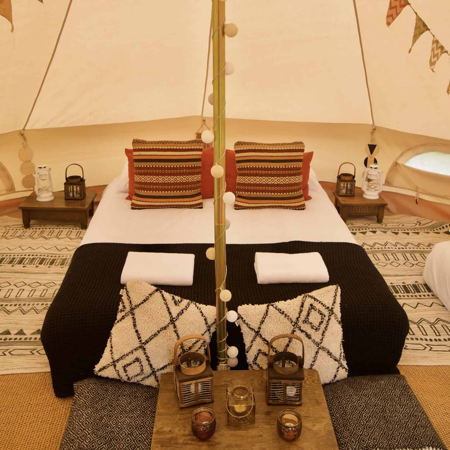 glamping interior picture